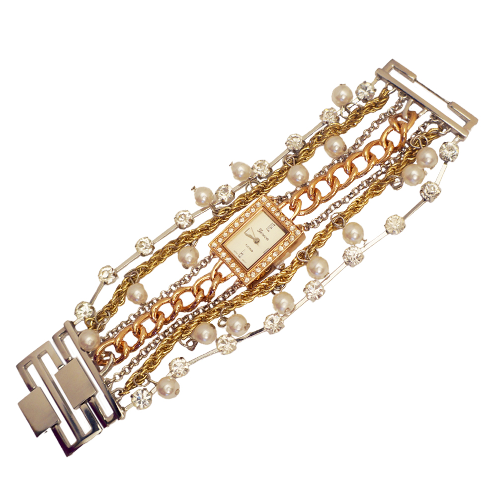 Ewatchwholsale-Women's 26mm Square Dial with chain Beads Band