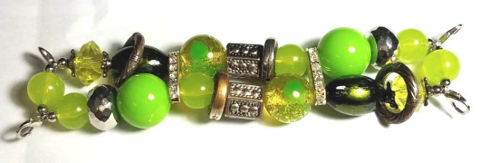 NEW women's Handmade beads Stretchable band with Light Green& Green color beautiful beads