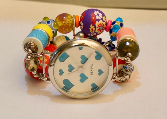 NEW women's Handmade beads Stretchable band with Multi color beautiful beads