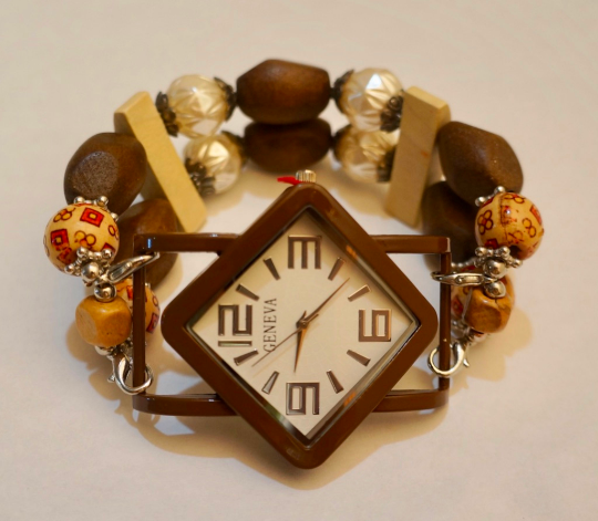 NEW women's Handmade beads Stretchable band with Dark Brown & Cream color beautiful beads
