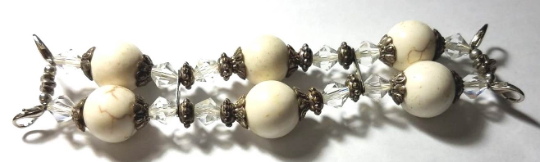 NEW women's Handmade beads Stretchable band with White color beautiful beads